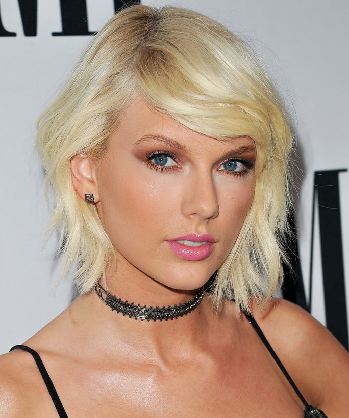 Taylor Swift barbie blonde hair colors
