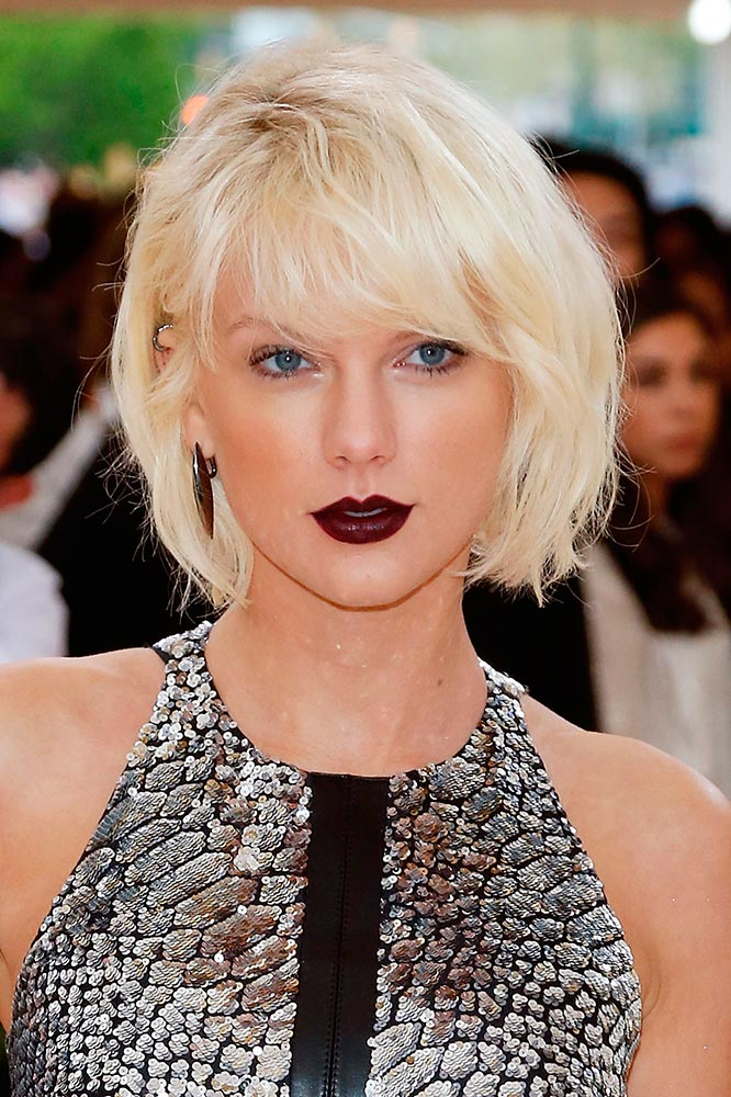 Taylor Swift ice blonde hair colors