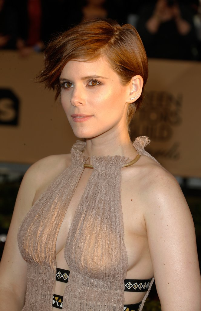 Kate Mara swept away pixie cut at SAG 2016