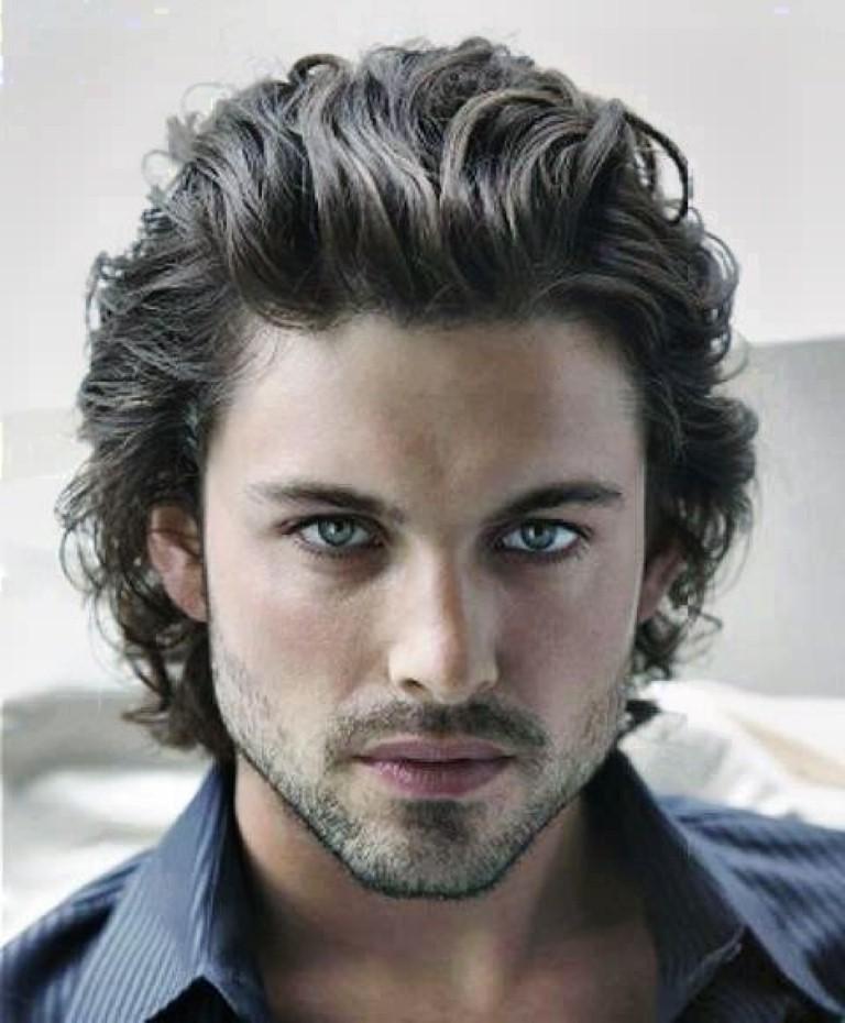 Flirty Wavy Hairstyles For Men Por Hairstyle