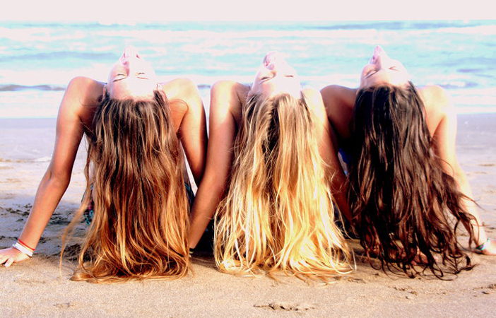 best beach wavy hairstyles for summer
