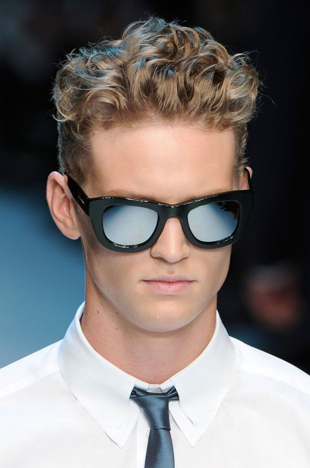 runway wavy haircuts for men