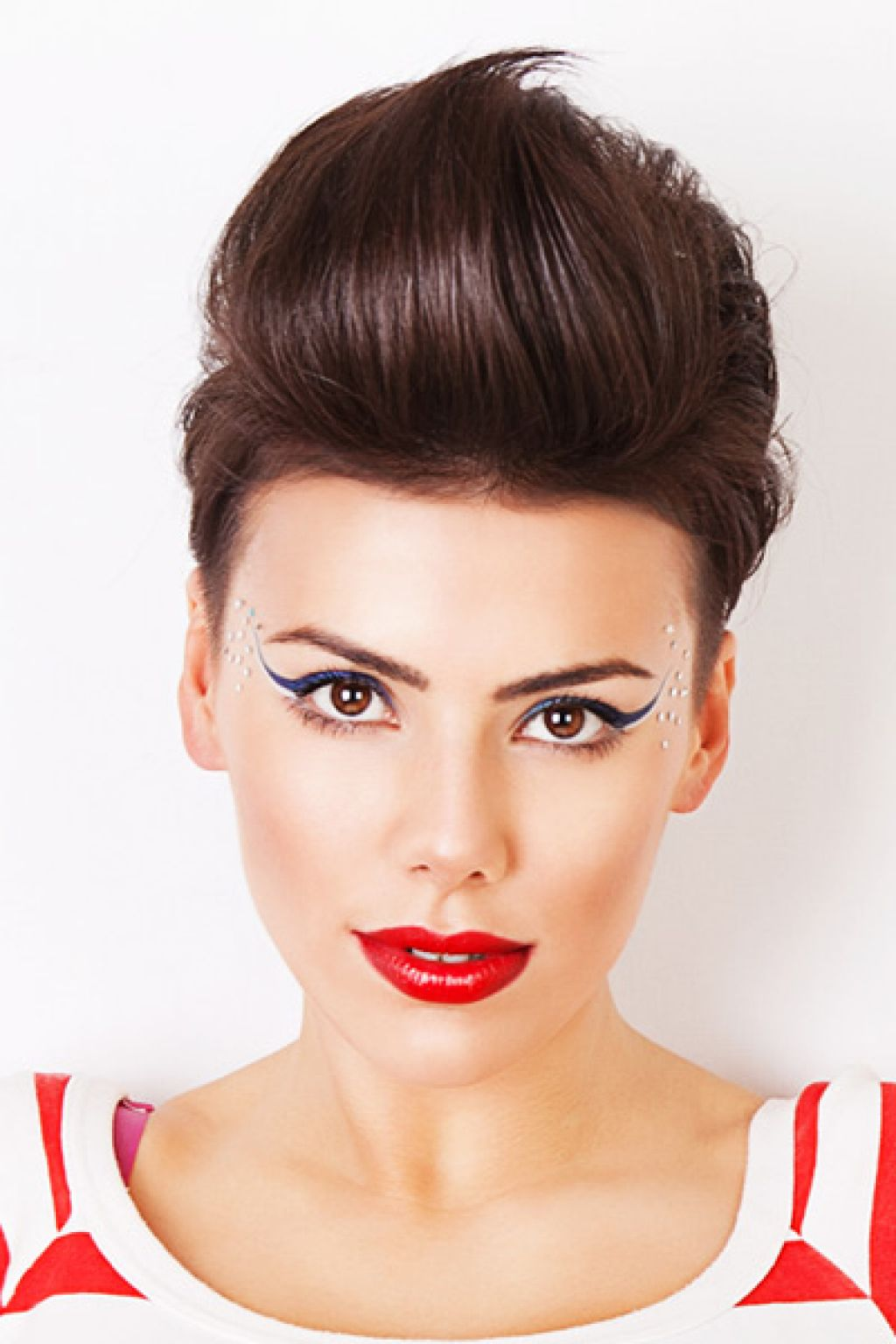 hair-style-trend: Daring Women Quiff Hairstyles To Make a