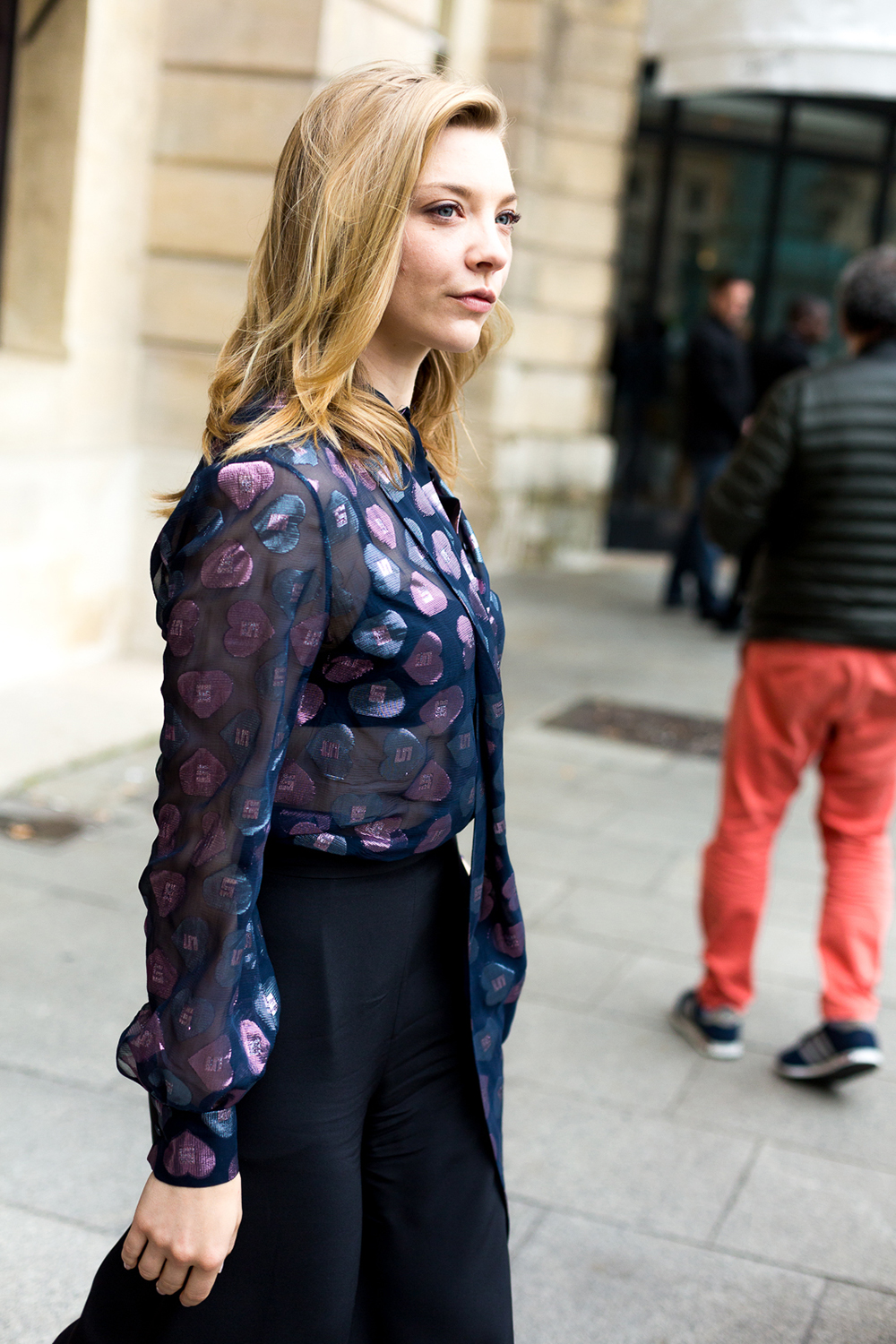 Natalie Dormer casual hairstyle in Paris streets