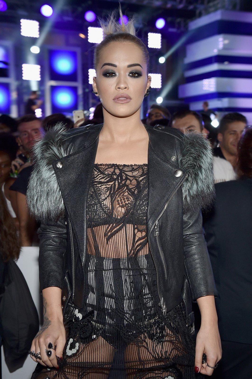 Rita Ora slicked updo hairstyles VMA 2016
