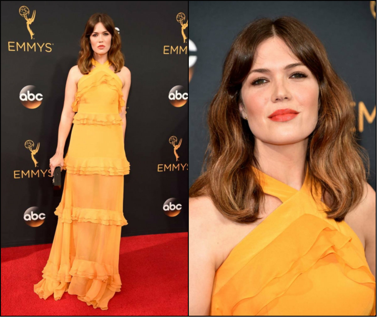 mandy-moore-center-parted-hairstyles-emmy-2016
