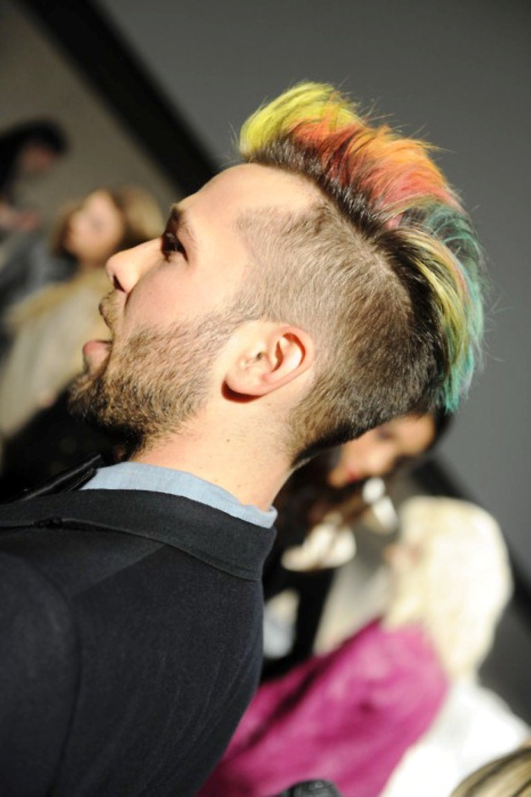 colorful-hair-highloights-for-men