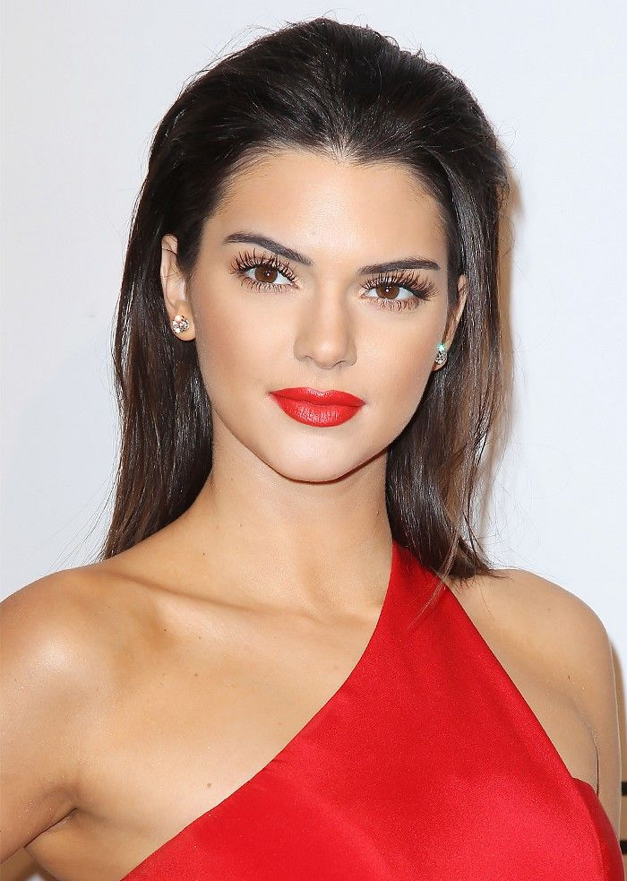 kendall-jenner-swept-back-valentines-day-hairstyles-2017
