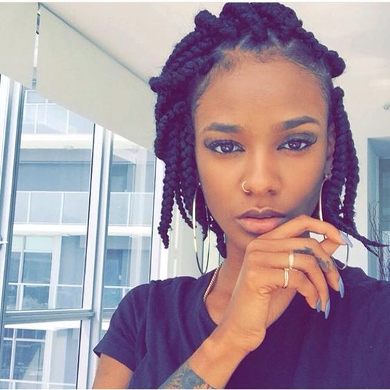 black-women-short-box-braids