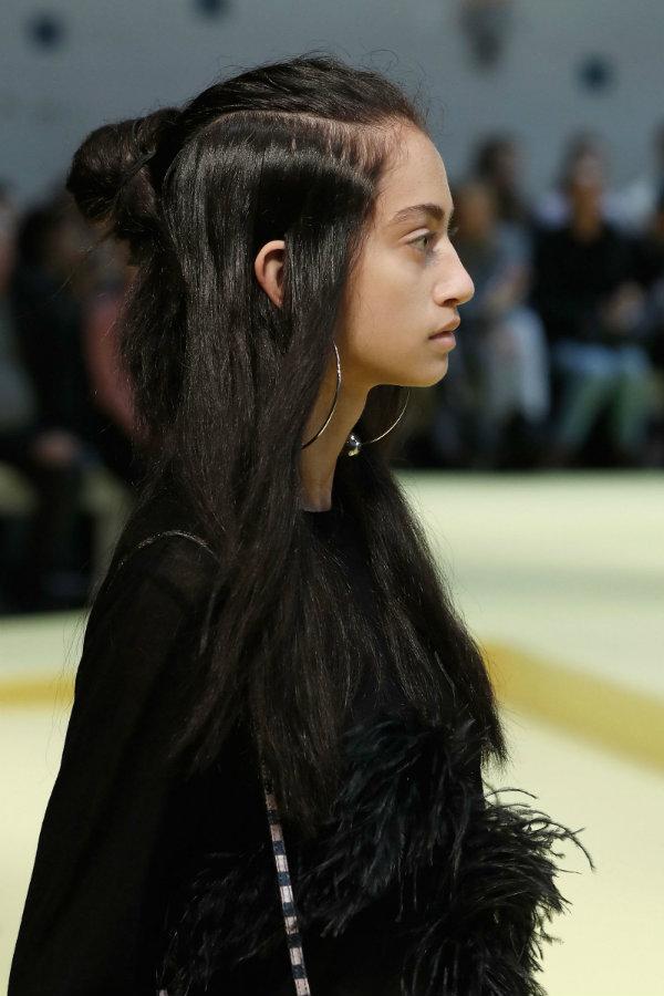 half-up-half-down-hairstyles-2017-spring