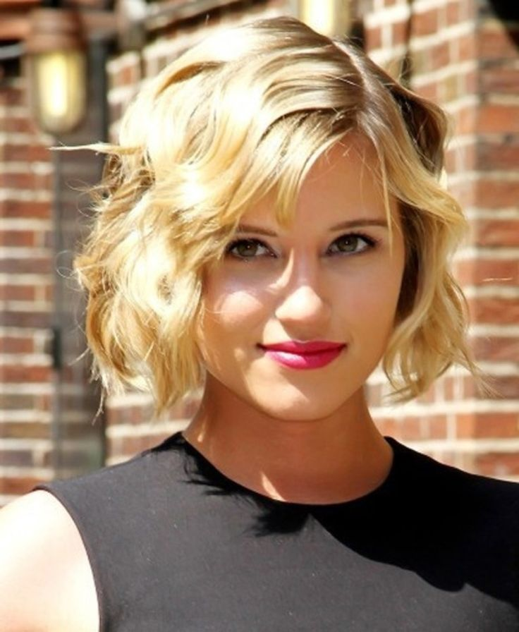 short-wavy-bob-valentines-day-hairstyles-2017