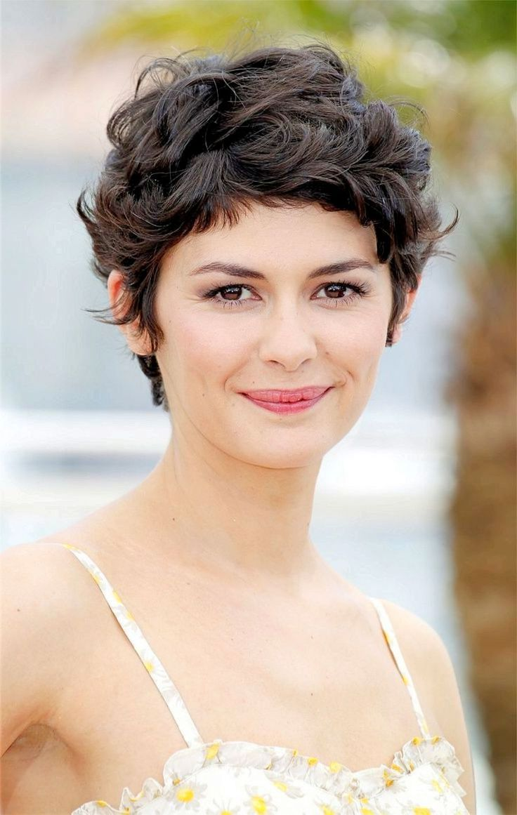 Audrey Tautou iconic curly pixie haicuts 2017