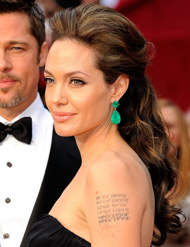 Angelina Jolie half updo hairstyles at Oscars