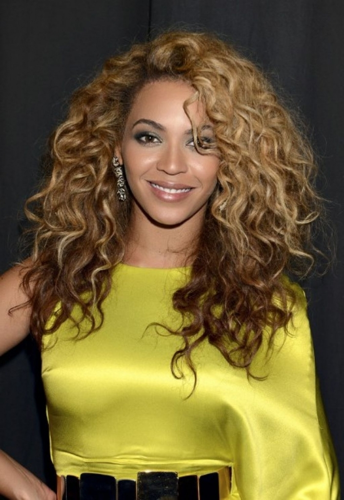 Beyonce Tight Curly Hairstyles | 1000 images about beyonce ...