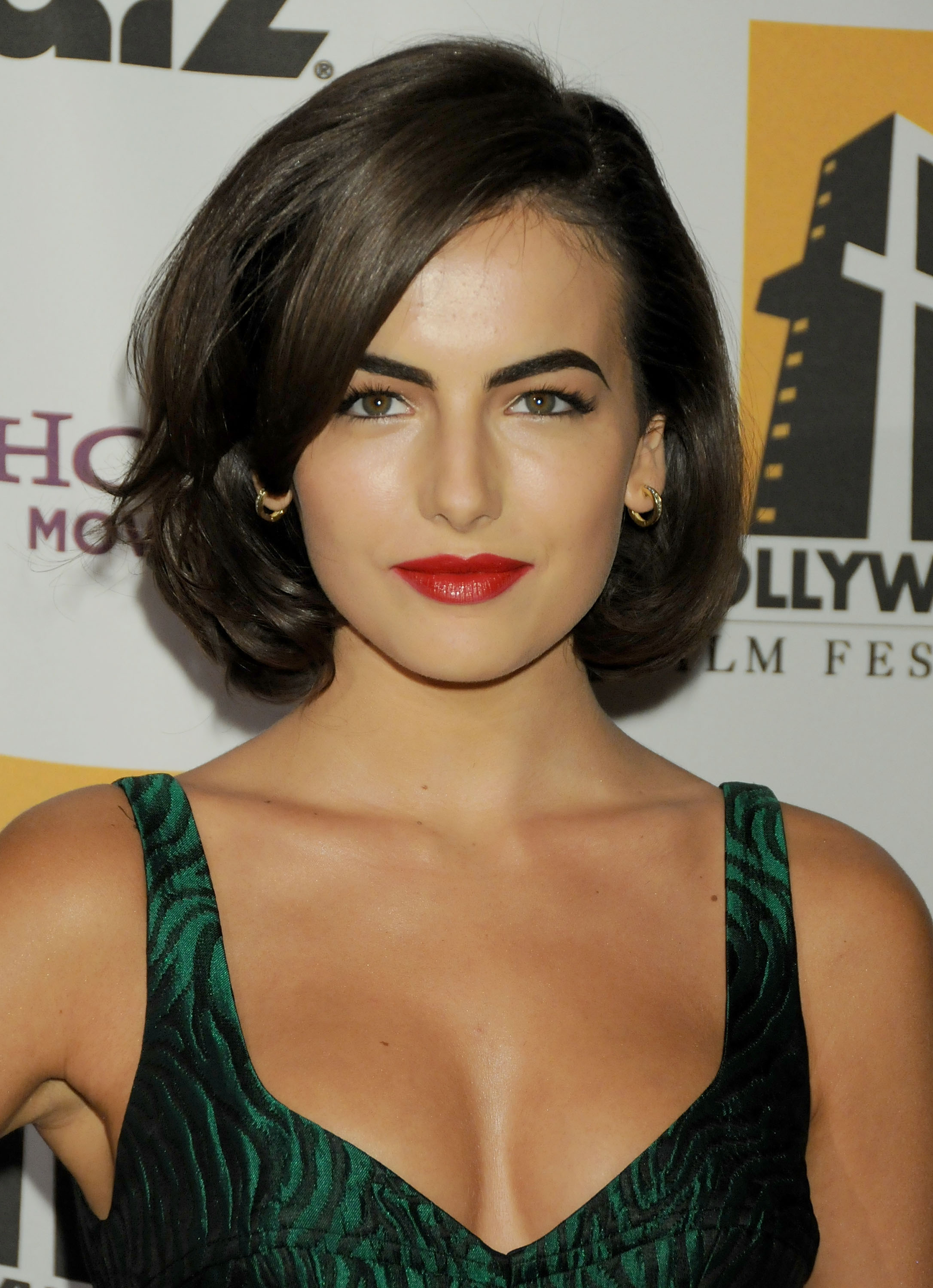 Camilla Belle bob hairstyles for prom 2017