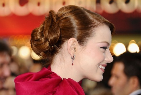 Emma Stone updo hairstyles at Oscars