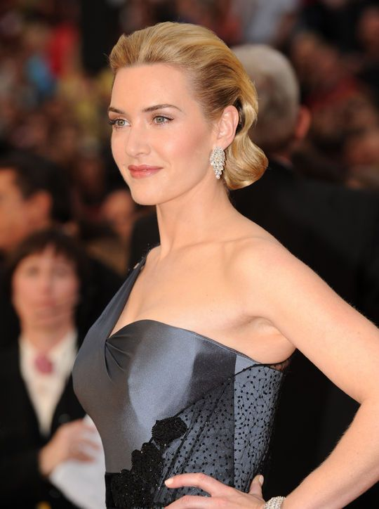 Kate Winslet updo hairstyles at Oscars