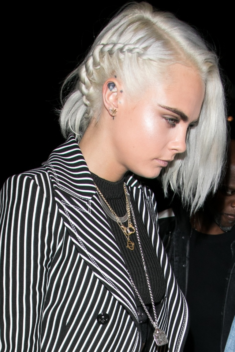 Cara Delevingne ice blonde hair color trends 2017 Fall-Winter 2018