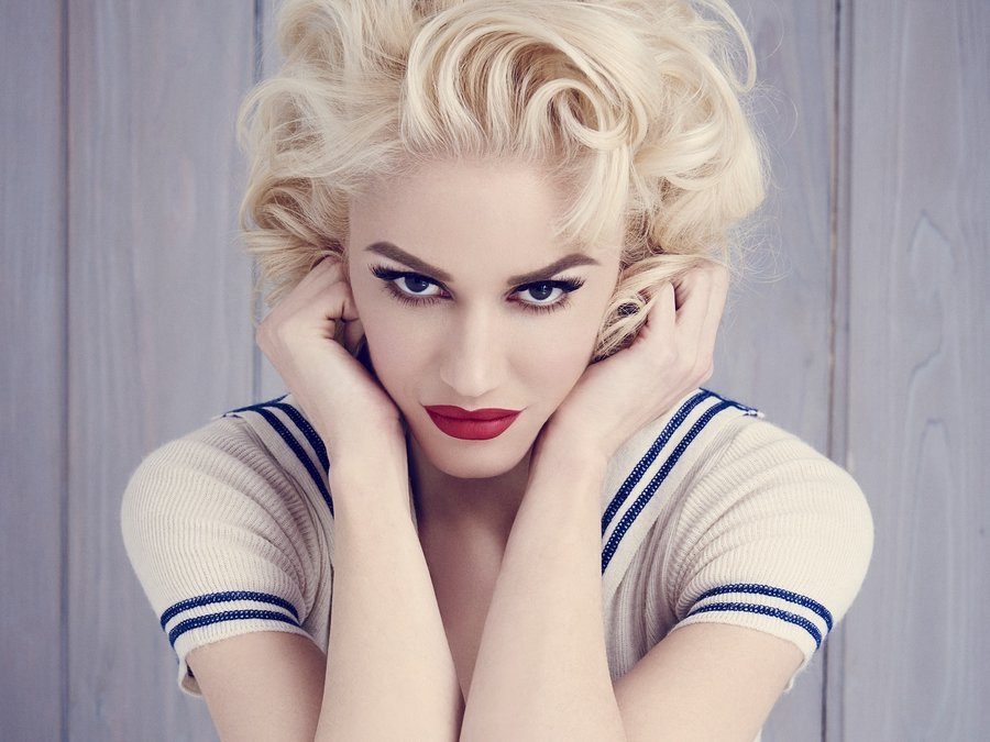 Gwen Stefani butter platnum blonde hair colors