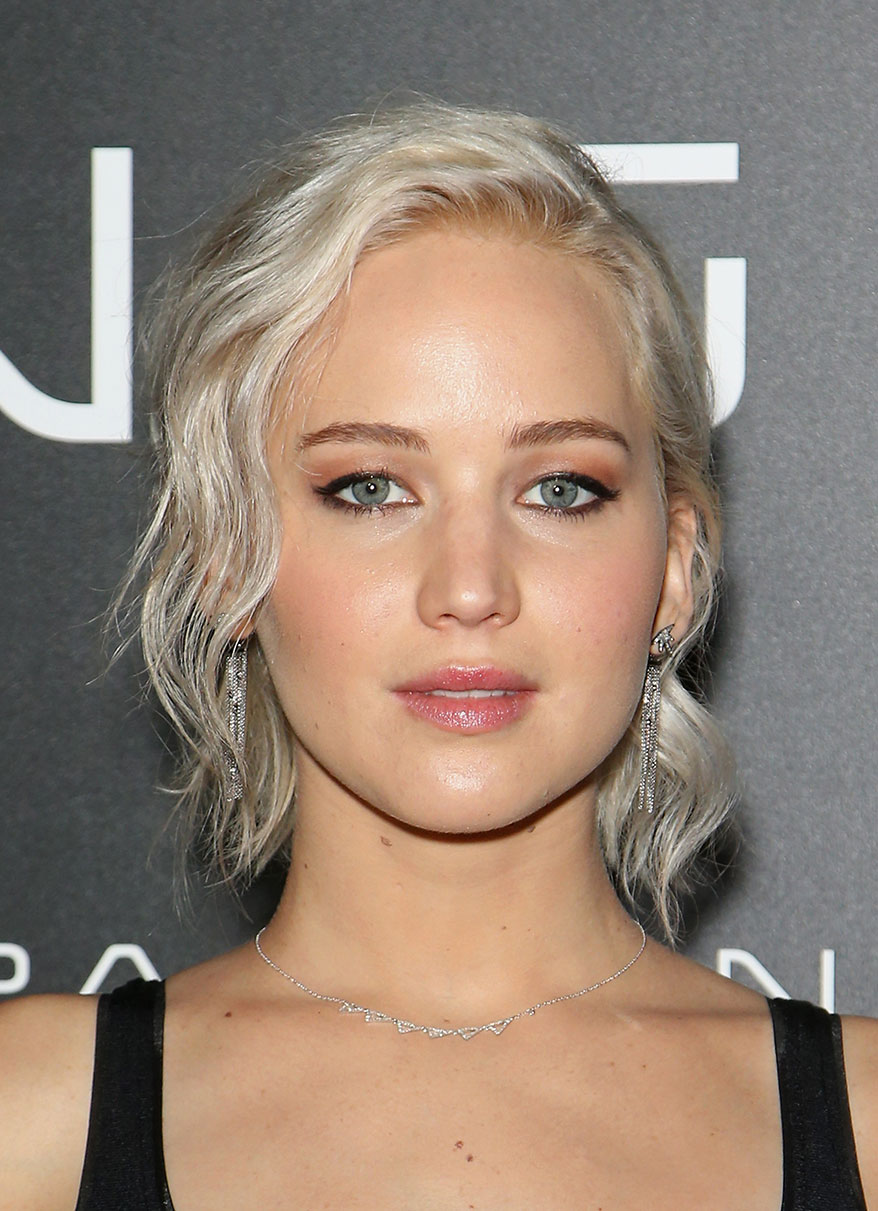 Jennifer Lawrence silver platinum blonde hair colors