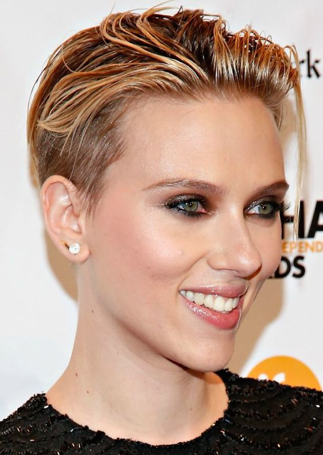 Scarlett Johansson wet short hair trends 2018