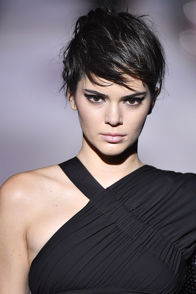 Kendall Jenner - Tom Ford pixie hair trends 2018 spring