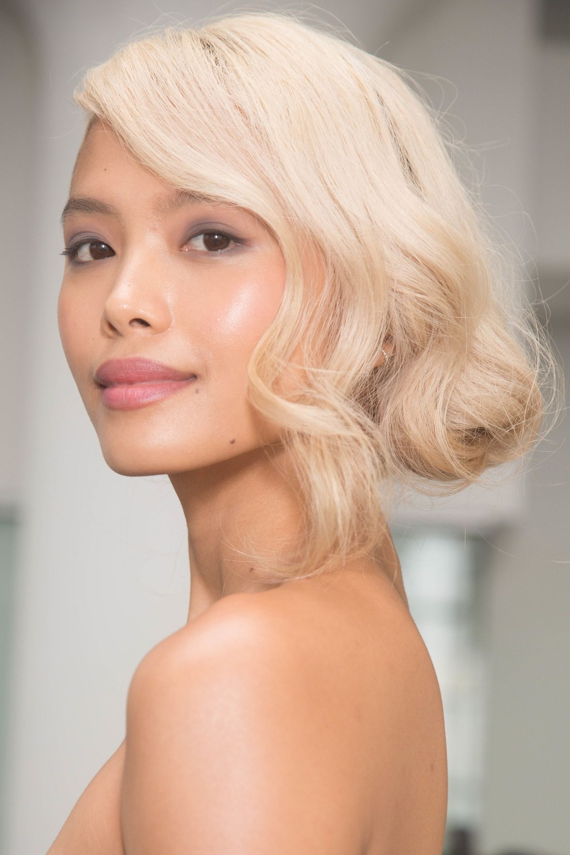 Marchesa faux bob hairstyles for wedding 2018
